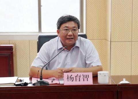 贺州市政府网:杨育智到6165金莎总站调研创三甲工作